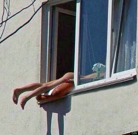 nakedsunbather